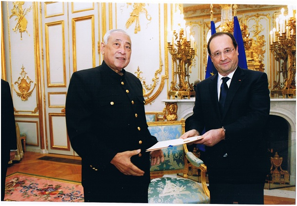 NOUTH Narang - Francois Hollande.jpg