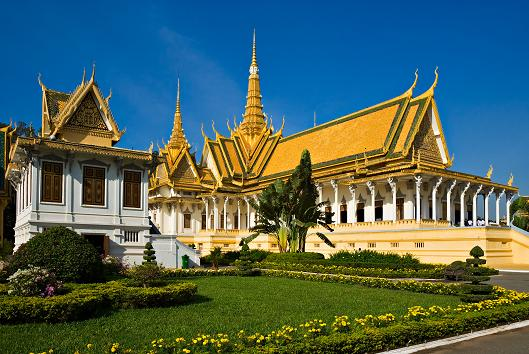 Palais Royal(Ambassade Royale du Cambodge & Dreamstime).JPG